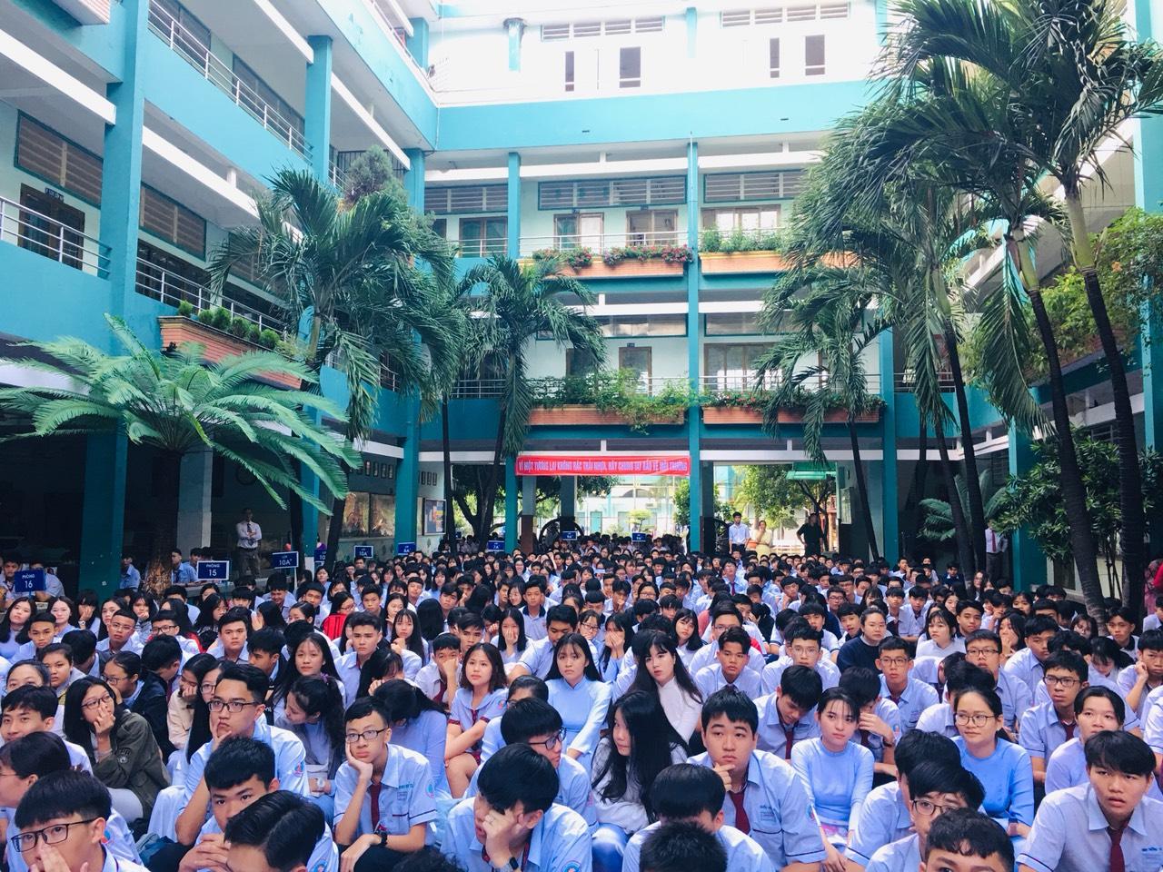 Chọn trường cấp 3 tại Hồ Chí Minh – chọn trường tư thục uy tín Hồng Đức - Trường THCS - THPT Tư thục Hồng Đức