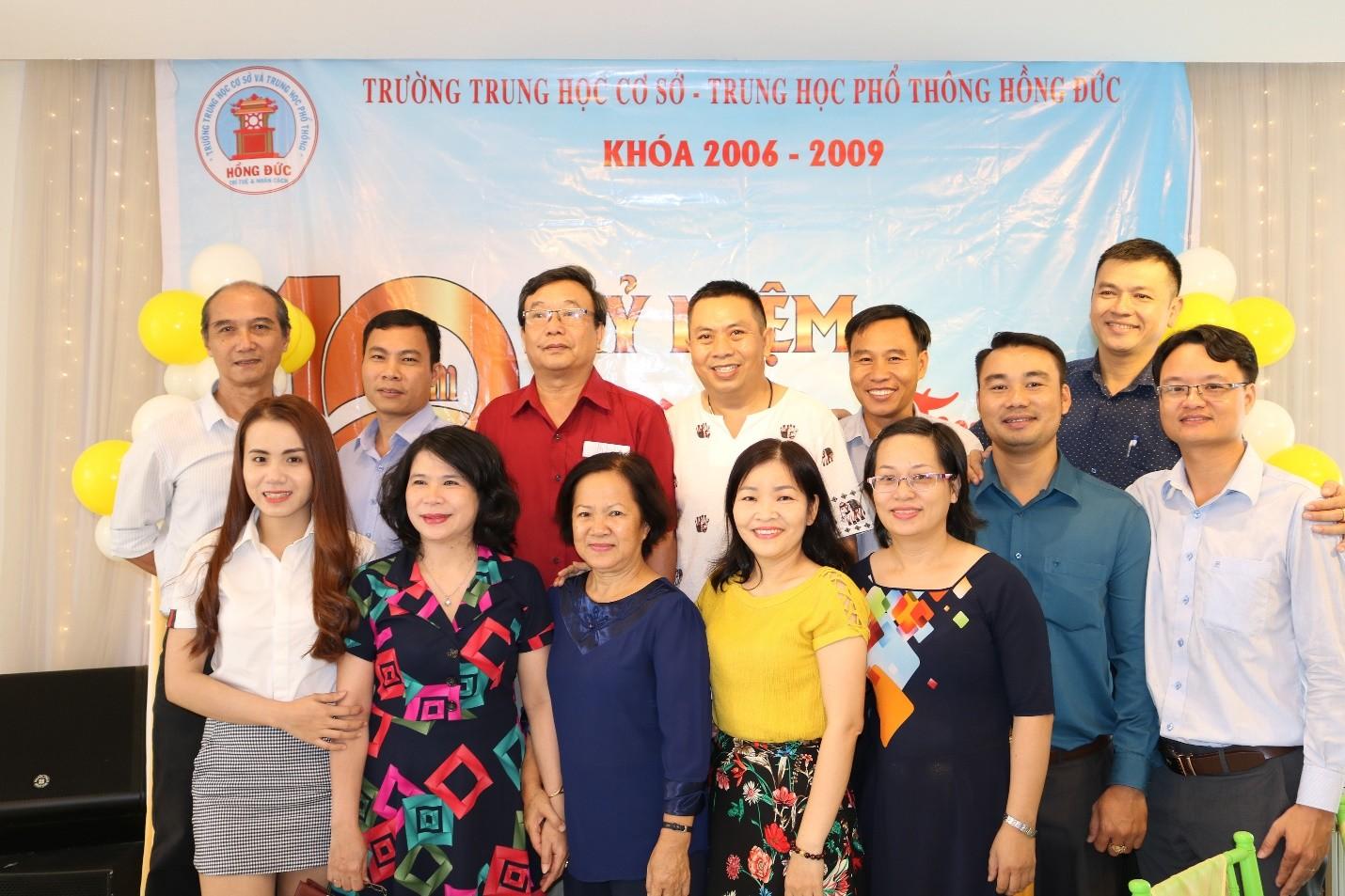 HỌP MẶT KỶ NIỆM 10 NĂM NGÀY RA TRƯỜNG (2009 – 2019)CỦA CỰU HỌC SINH KHÓA 2006-2009 TRƯỜNG THCS - THPT HỒNG ĐỨC