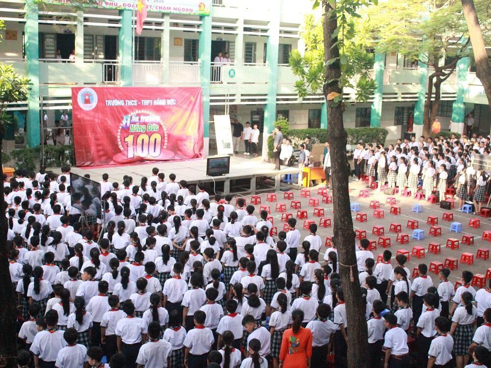 Học sinh trường Hồng Đức luôn năng động đầy nhiệt huyết khi tham gia nhiều hoạt động phong trào của trường