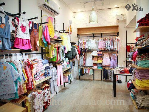 Cách trang trí shop quần áo trẻ em diện tích nhỏ | Giá kệ Britsub