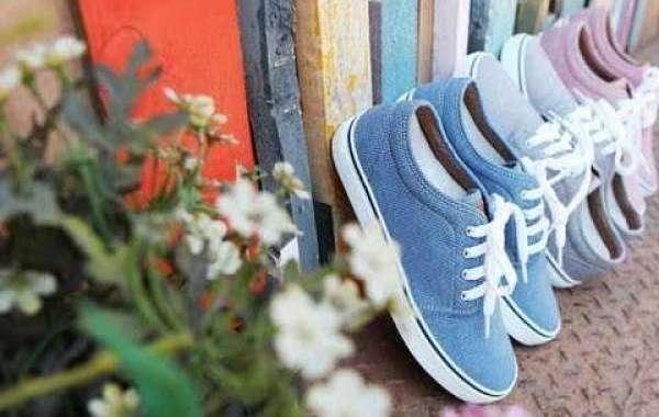 Các mẹo làm sạch giày nhanh nhất có thể bạn quan tâm