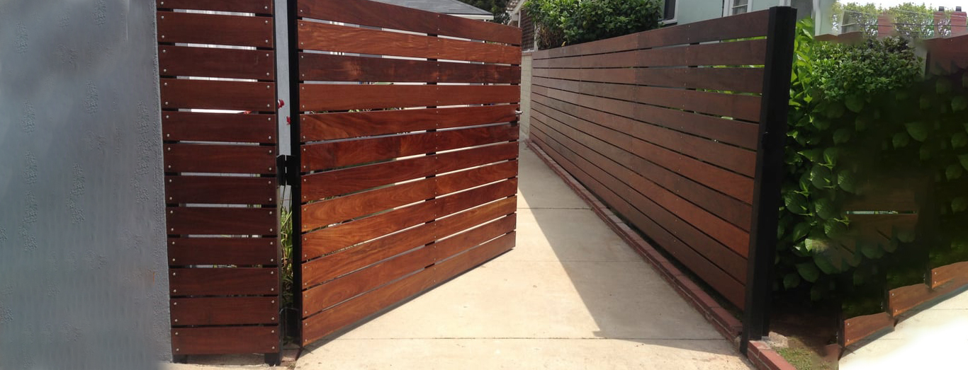 Timber Fencing Melbourne, Call 0410036200 For Free Quote