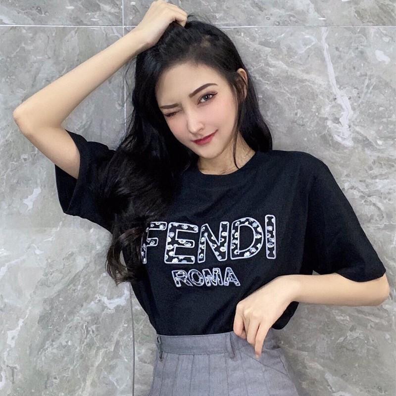 Fendi Flower Embroidered Logo T-Shirt In Cotton Black