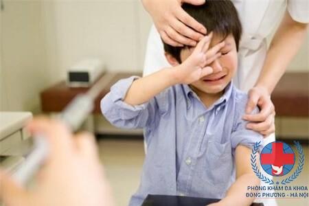 Đau tinh hoàn ở trẻ em có nguy hiểm không?