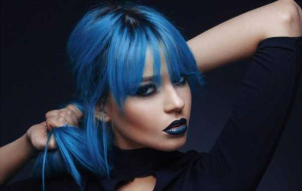 How to Dye Your Hair Blue?
