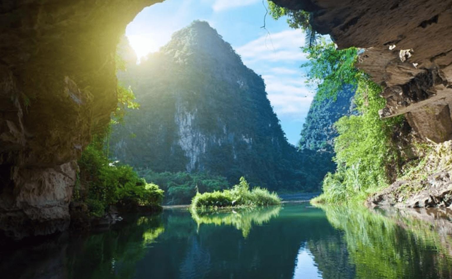 Kinh nghiệm du lịch Tràng An Ninh Bình từ A-Z (Cập nhật 06/2021)