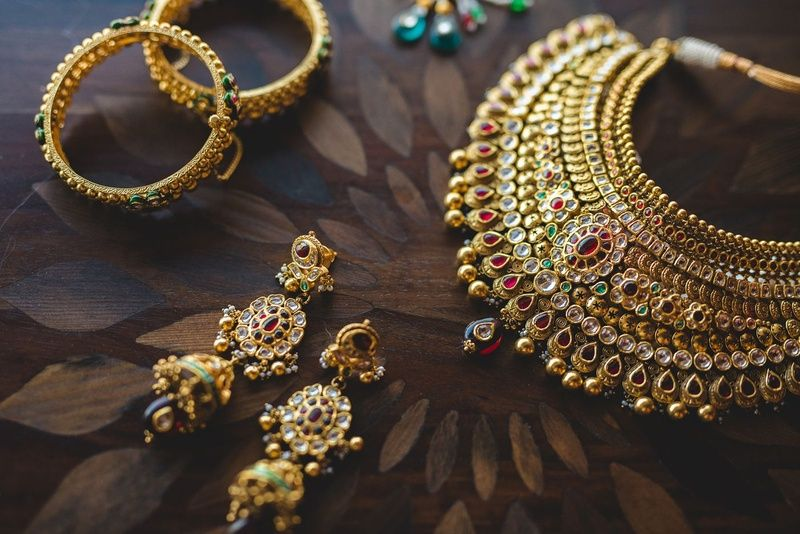 Why Shouldn't You Miss On Indian Gold Jewelry? Know Here