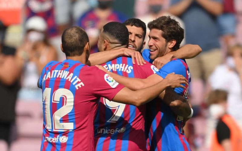 Soi kèo Barcelona vs Granada lúc 2h00 ngày 21/9/2021 - Soikeo Tốt